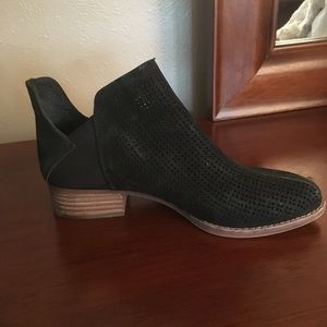 Vince Camino black Suede Ankle Boots